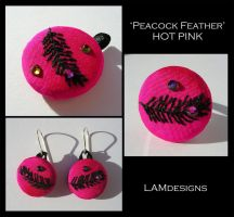 Peacock Feather Set - Hot Pink by MasonBee
