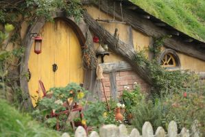 Hobbit Hole by szekley