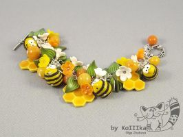 Bracelet - Funny bees by polyflowers
