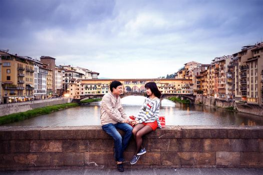 Love birds in Florence by garki