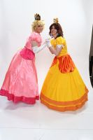 Peach and Daisy 3 'Naka-Kon 2013' by MissLink8908