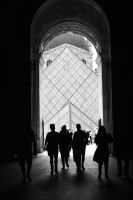 Louvre by GeleShow