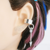 Silver Arrow Ear Cuff by merigreenleaf