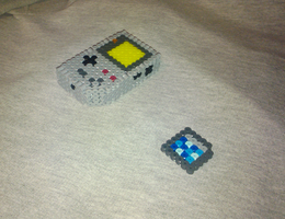 3D Mini GameBoy Perler Beads 1 by Undertakoshi