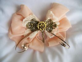 Old Fashioned Bow by Ronigirl
