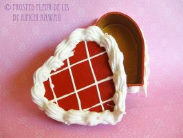 Red Velvet Heart Cake Box by FrostedFleurdeLis