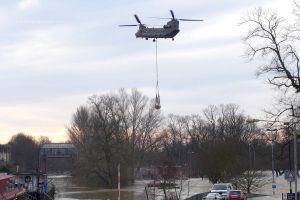 Floods at York - Helicopter Drop by bobswin