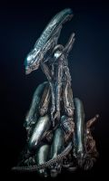 Alien Pile 2 by sivousplay
