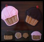 Cupcake Oven Mitts by Megec