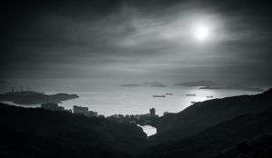 Hong Kong Bay from Victoria Peak by palmbook