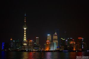 Shanghai by night by yonashek