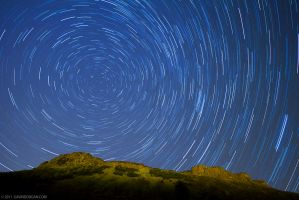 Arthurs Seat Startrails - 45 Minutes by gdphotography