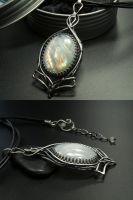 Snow White - Moonstone Pendant by FILIGRY