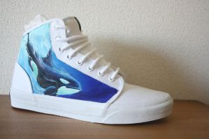Custom painted Orca shoes-right shoe by methodmonkey