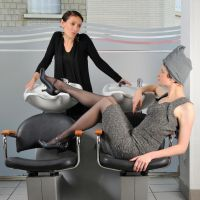 At the hairdresser by yinco