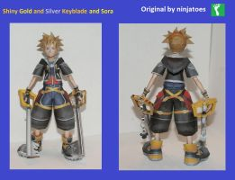 Shiny Keyblade and Sora Papercraft by Collecter128
