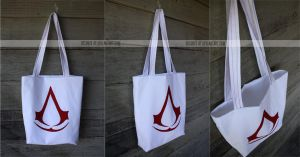 assassin's creed tote by resubee