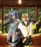 Miku and Len Cosplay by annabaka623