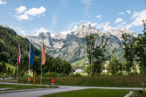 4 nights at austria 096 by picmonster