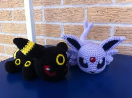Baby Umbreon and Espeon by aphid777