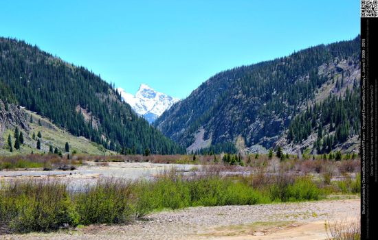 Mountains and Valley by DamselStock