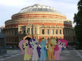 Ponies infront of the Royal Albert Hall by laopokia