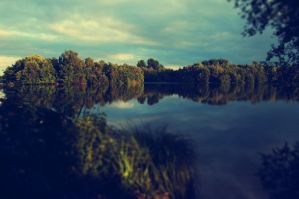 mirror lake by LeaHenning