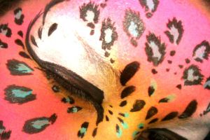 leopard face by ARTSIE-FARTSIE-PAINT