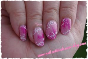 Nail Art Pink and White Circle by Angelik23