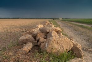 A few stones here and there by Touloulou