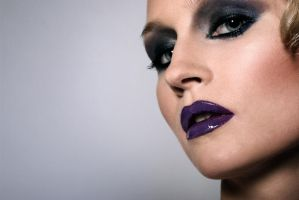 Purple lips 2 by stareater