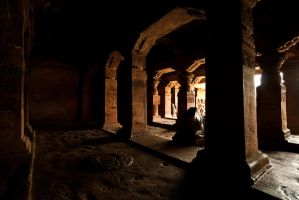 Cave Temple by sanwahi