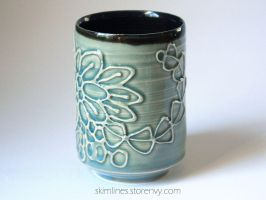 Inner Black Kanzashi Cup by skimlines