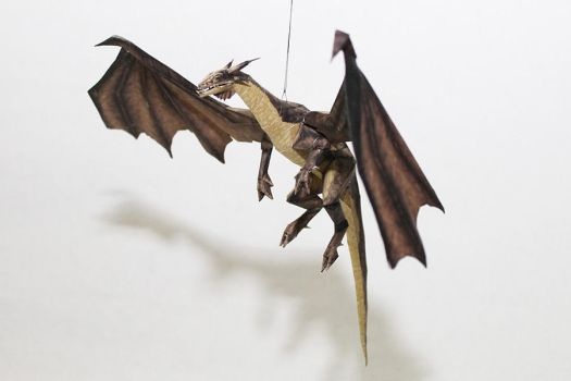Drakan - Gold Dragon Papercraft by Metalfist0