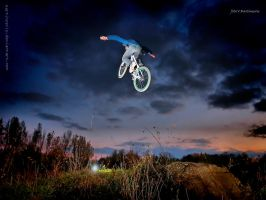 Tuck no Hand by Martincevic