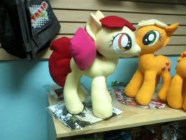 MLP Apple Bloom plushie by ponydeath