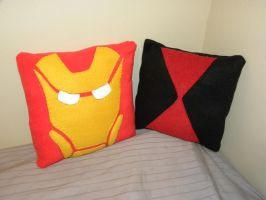 Iron Man and Black Widow Pillows by ChallengeSakana