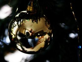 Christmas reflection by awjay