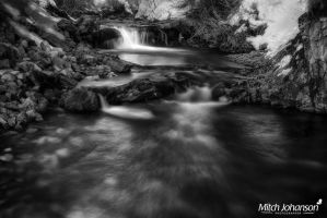 Glowing Pool BW by mjohanson