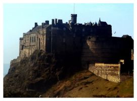 Edinburgh Castle by Shutsumon
