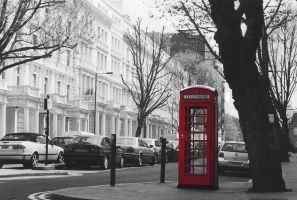 London famous Telephone booth by subcoolandice