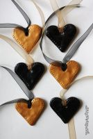 black and gold heart Christmas decorations by claremanson