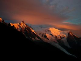 Mont Blanc. by Zwoing