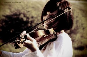 violin- my melody by ladymonroe