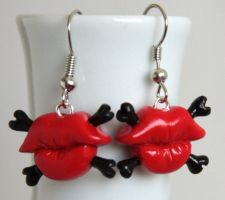 Toxic Kiss Earrings by NeverlandJewelry