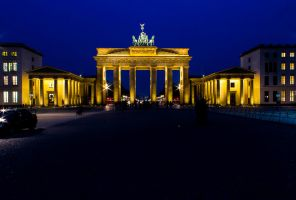 Brandenburger Tor By Night by mortenthoms
