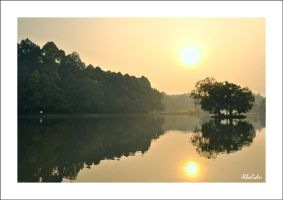 Situ Gede Morning Sunrise by omoyit