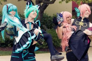Miku and Luka with Mikuo and Luki by EpicFlyingGlitch