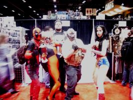 DC CHARACTERS LOVE MARVEL... Especially Harley! by Darth-Slayer