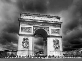 afternoon in Paris by VaggelisFragiadakis